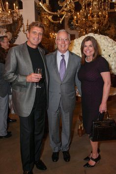 INNER SPACES BOOK: C. MARIANI ANTIQUES AND SFC&G HOST A PARTY FOR THE WISEMAN GROUP | T W G : Design Journal