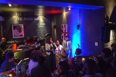 A trendy New York music revue bar and eatery with a mix of African and International flavour. Located on the corner of Jarvis and Napier Street. Le Cap, Piano Bar, Spots, Night Life, South Africa, Jazz, How To Plan, Street, Places