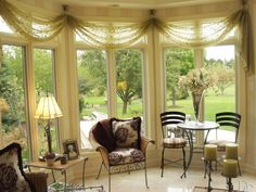 @DCwindowdesign posted to Instagram: Designed by Marcia ✨ #interiordesign #custommade #chicagointeriors Traditional Window Treatments, Custom Window Treatments, Sheer Valances, Valance Curtains, Window Styles, Design Consultant, Small Rooms, Sunroom, Drapery
