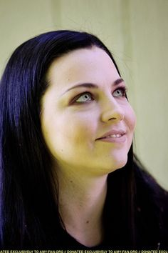 Snow White Queen, Amazing Women, Beautiful Women, Amy Lee Evanescence, Pierce The Veil, Female Singers, Her Music, Celebs, Celebrities