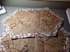 Bird placemats with burlap