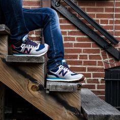 9bf5ccdb93b87e Voor de stoere jongens hebben we New Balance sneakers in verschillende  kleuren! Kijk op onze
