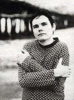 Billy Corgan - Oh, he still makes me weak. So gorgeous.