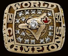 Toronto Blue Jays 1992 Baseball World Series Ring World Series Rings, Mlb World Series, Jerseys Nfl, Mlb Teams, Sports Teams, Toronto Blue Jays, Baseball Ring, Baseball Tickets, Baseball Jewelry