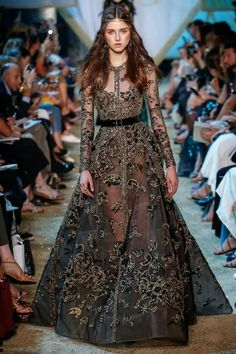 Elie Saab Fall-Winter Haute Couture 2017-18 #pfw #ATaleOfFallenKings