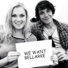 Cuties!!! Eliza Taylor & Bob Morley | Bellarke | The 100