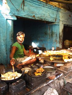 Street Food in Orchha, India   - Explore the World with Travel Nerd Nici, one Country at a Time. http://TravelNerdNici.com
