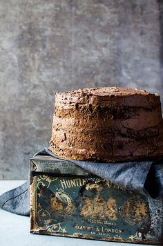 For coffee lover's only. A coffee flavored cake that tastes like your favorite cup of coffee. It is layered with a light whipped mocha ganache. Coffee Flavored Cake Recipe, Coffee Recipes, Coffee Dessert, Coffee Cake, Iced Coffee, Coffee Menu, Starbucks Coffee, Coffee Enema, Coffee Creamer