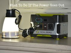 What To Do If The Power Goes Out by Food Storage Moms Camping Survival, Survival Prepping, Survival Skills, Manchester United, Real Madrid, Barcelona, 72 Hour Kits, Emergency Supplies, Emergency Kits