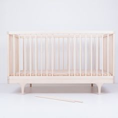 The beautiful, sustainable and solid Caravan Crib. Adjustable mattress height, removable rods, and removable sides turn this crib into a toddler bed and later to a daybed/couch, making this piece last well beyond the baby years. Shop now and we add the mattress for free. Shop link in bio.