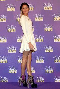 Violetta Live, Netflix Kids, Disney Channel Shows, Her Style, Martini, Peplum Dress, Photos, Singer, Formal Dresses