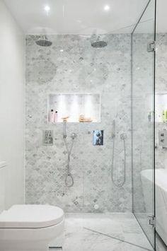Bricmate Marmor Bianco Carrara U Fischschuppen Carrara Poliert - Fish - Lilly is Love Bathroom Interior Design, Interior Design Living Room, Carrara Marble Bathroom, Honed Marble, Marble Mosaic, Fish Scale Tile, Fisher, Tiles Price, Feature Tiles
