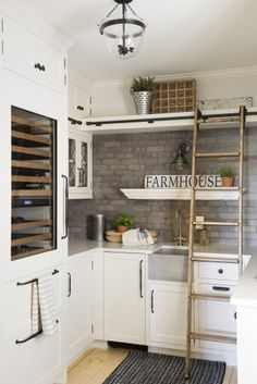 This Orono home renovation is one of our favorites! The homestead farm is a gorgeous white farmhouse located near Medina, Minnesota. French Country Kitchens, Modern Farmhouse Kitchens, Modern Farmhouse Style, Farmhouse Design, Home Kitchens, Farmhouse Decor, Farmhouse Ideas, Modern Country, Pantry Design