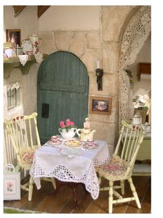 """This is a detail of the """"Rose Tea Room"""" constructed by Rik Pierce and decorated by R-Stuff Miniatures"""