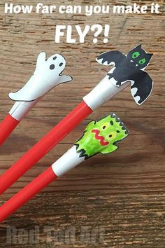 Halloween Crafts for Kids, make these super easy and fun shooter toy. Then have a competition as to who can shoot it the furthest!