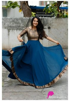 Long Gown Dress, Lehnga Dress, Frock Dress, Coat Dress, Long Dress Design, Dress Neck Designs, Chudidhar Neck Designs, Half Saree Designs, Lehenga Designs