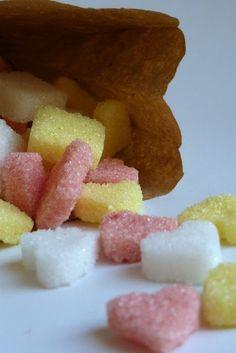 Papeles Pequeños: Terrones de azúcar de colores