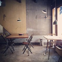 Well-renovated interior of Hygge, Kyoto. #Kyoto #cafe #interior