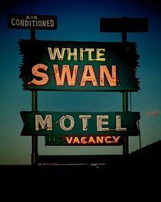 Carteles de moteles