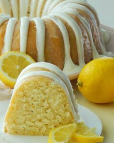 Lemon, Pound Cake, Recipe I got this recipe years ago from a local television show. I love the mild lemon flavor that this cake has. It isn't the over powering mouth puckering lemon flavor li… recipes Italian Lemon Pound Cake Fun Desserts, Delicious Desserts, Yummy Food, Homemade Desserts, Health Desserts, Homemade Lemon Cake, Fruit Appetizers, Refreshing Desserts, Homemade Breads