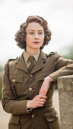 Royale Role: Canadian Sarah Gaydon plays a young Princess Elizabeth