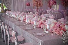 ► Arreglos de mesa para una boda rosa. #boda #rosa