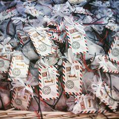 Μπομπονιέρες μαγνητακια με θέμα το ταξίδι! #sinnercats  #synergates #mpomponieres #mpomponieresvaftisis #magnites #vintage #vintagestyle #vintagewedding #spitikesdimiourgies #Σπιτικές_δημιουργίες