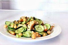 insalata di pollo, ceci e pesto
