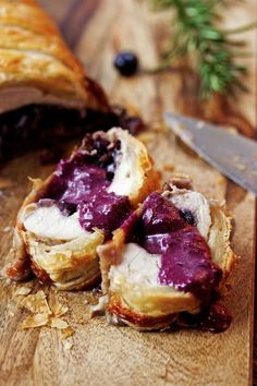 Looking for Fast & Easy Christmas Recipes, Main Dish Recipes, Thanksgiving Recipes, Turkey Recipes! Recipechart has over free recipes for you to browse. Find more recipes like Blueberry and Brie Stuffed Turkey Wellington. Turkey Wellington Recipes, Wellington Food, Chicken Wellington, Brie, Turkey Dishes, Blueberry Recipes, Seasonal Food, Holiday Recipes, Thanksgiving Recipes