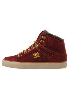 7a722724ec Skate shoes DC Shoes SPARTAN - Chaussures de skate - brown wheat marron   110
