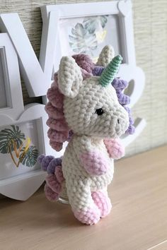 FREE crochet unicorn pattern - - This FREE crochet pattern will guide you to making a magical amigurumi toy unicorn. With Himalaya Dolphin Baby yarn you will get a plush unicron 25 cm high. Crochet Sloth, Crochet Patterns Amigurumi, Cute Crochet, Crochet Crafts, Crochet Dolls, Crochet Projects, Crochet Unicorn Pattern Free, Crochet Pokemon, Beaded Crafts