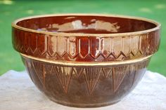 Large Brown Uhl Pottery Pickett Fence Stoneware Bowl, Excellent Condition, Vintage Kitchen. by AGlimpseFromthePast on Etsy https://www.etsy.com/listing/198579175/large-brown-uhl-pottery-pickett-fence