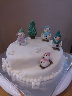 snowman Christmas cake - with a little help from the children!