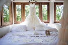 Elegant and fabulous wedding dress #Weddingdress #DestinationWeddings #Style