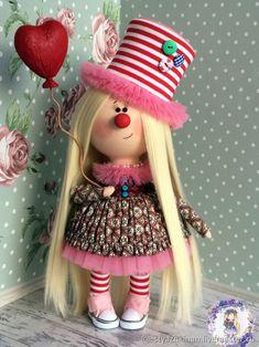 Купить Кукла Клоунесса в интернет-магазине на Ярмарке Мастеров на заказ, цена: 6000 ₽. Товары ручной работы с доставкой по России и СНГ. ✓Описание, фото ✓Отзывы реальных покупателей Homemade Gift For Grandma, Grandma Gifts, Homemade Gifts, Baby Presents, Christening Gifts, Boy Doll, Doll Crafts, Fabric Dolls, Handmade Toys
