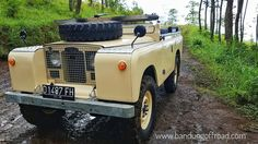 Different way in exploring #landrover #club #bandung #indonesia # bandungoffroad