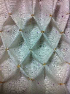 honeycomb-smock-pleatwork