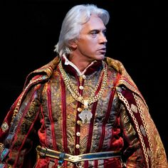 Dmitri Hvorstovsky. Operas bad boy :)