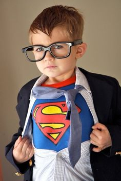 Leyton was superman for Halloween so I took a picture of him dressed like this as Clark Kent tearing open his shirt and it has got to be one of the best pictures I have ever taken of him! He is obsessed with superman and well all super heros! Photo Halloween, Amazing Halloween Costumes, Halloween Costumes For Kids, Halloween Party, Homemade Halloween, Family Halloween, Halloween Clothes, Infant Halloween, Costumes Kids