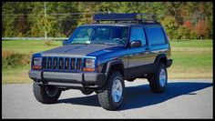 Fully Serviced and Built Stage 2 Cherokee with MANY additional upgrades.Very Rare 2 Door with Factory Up Country Package. Modificaciones Jeep Xj, Jeep Xj Mods, Jeep Wrangler Lifted, Jeep Truck, Jeep Cherokee Lift Kits, Jeep Grand Cherokee, Cherokee 4x4, Cherokee Chief, Ford Excursion