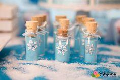 Frozen (Disney) Birthday Party Ideas | Cute favor idea