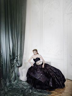 Lara Stone photographed by Mario Testino, Vogue December 2009