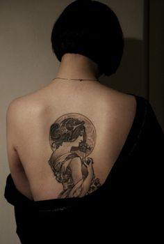 Beautiful black & white tattoo in Art Nouveau style