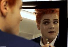 Gerard Way | Hesitant Aliend | Make up for a sassy diva
