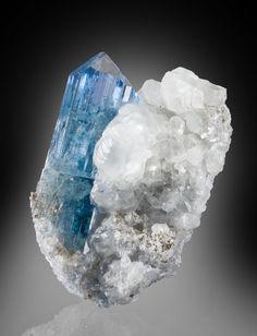 Euclase/Calcite