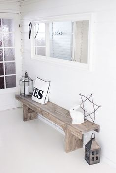 Will totally reason with my husband why i must have this rustic bench for the entryway! Hallway Inspiration, Interior Inspiration, Home And Living, Living Room, Rustic Bench, Farmhouse Bench, Rustic Wood, Modern Farmhouse, Deco Design