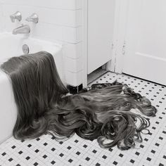 """redlipstickresurrected: """"Rebecca Drolen (American, Indianapolis, IN, USA) - Drainage Haircut Longer Lashes Shearing from Hair Pieces series Photography """" Indian Hair Cuts, Contemporary Photography, White Photography, Photography Series, Love Your Hair, Super Long Hair, Beauty Advice, Long Lashes, Bad Hair"""
