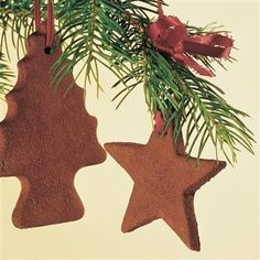 Cinnamon ornaments. Your friends will love these and your tree will too. ladypinterest12 we have made these when i was little ;o)