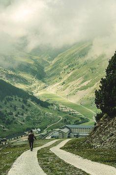 El Camino Pyrenees, Spain