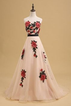 Beautiful flowers appliqued ivory tulle prom dress